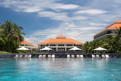 Pullman Danang Swimming Pool